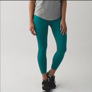 NWOT Lululemon leggings BRAND NEW